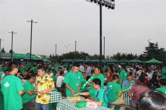 临沂第三届青岛啤酒节昨晚开幕 17天狂欢开启!
